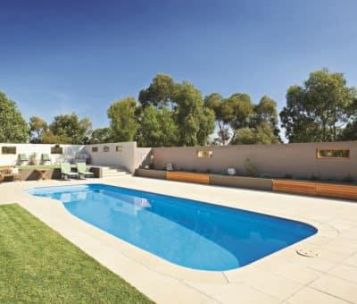 Bazén na záhrade
