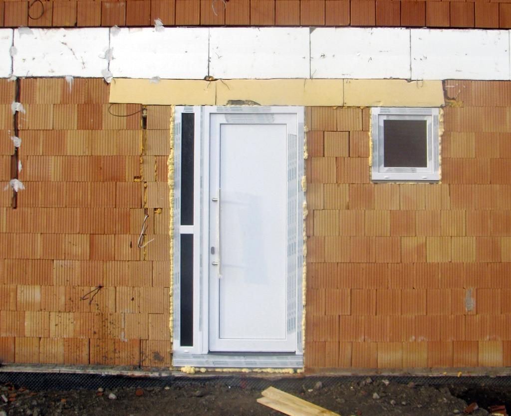 Nesprávna montáž dverí
