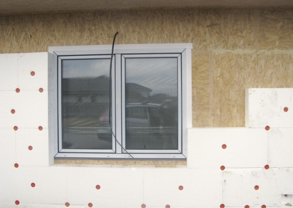 Správne montáže okien na pásky