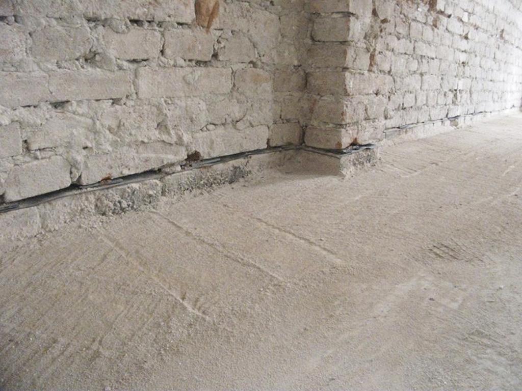 Voda je nepriatel stavieb, izolacia nerez plech, podrezavanie muriv, odizolovanie zakladov