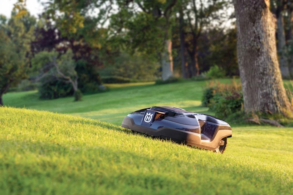 Trávnik je vizitka každej záhrady, ako ho správne prebudiť k životu, H350-0271