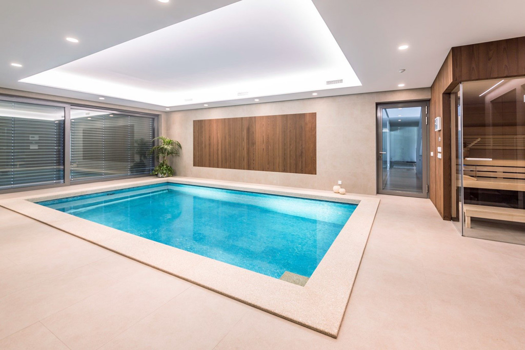 Ako vybrať materiál, na rodinné bazény – výhody vlastného bazénu, murovany