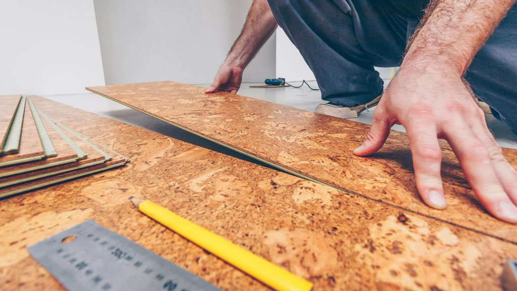 Podlahy, vhodné aj pre domácich miláčikov, korkova-podlaha