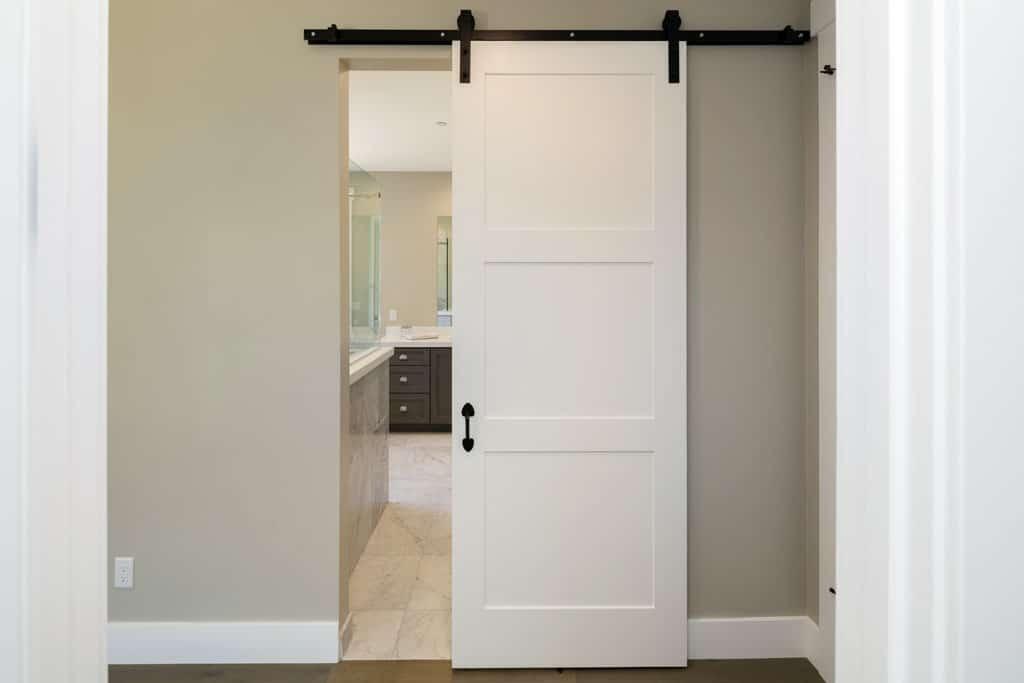 Dvere – záruka súkromia a komfortu bývania, zasúvacie