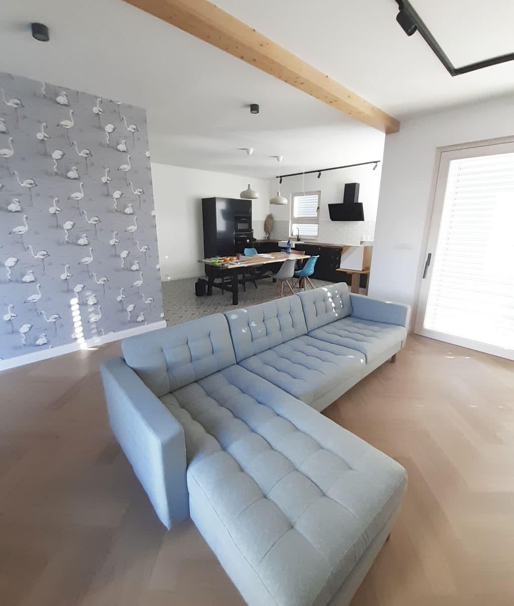 Vysnívaný exkluzívny dom na kľúč nielen pre mladých Atrium, interier