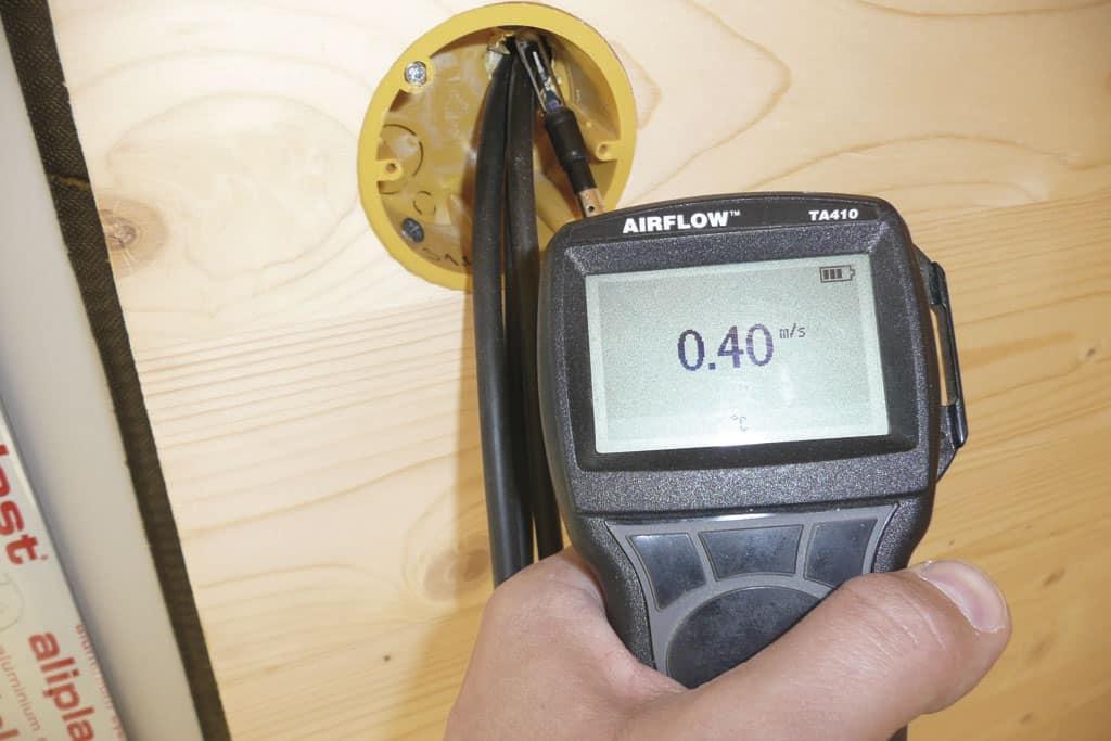 Blower door test alebo test vzduchotesnosti budovy