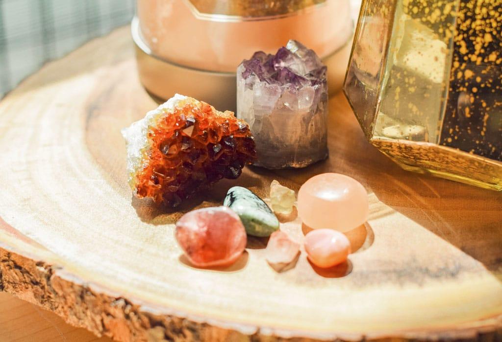 Nabite si priestor energiou s dekoratívnymi kryštálmi, liečivé kryštály a ich sila
