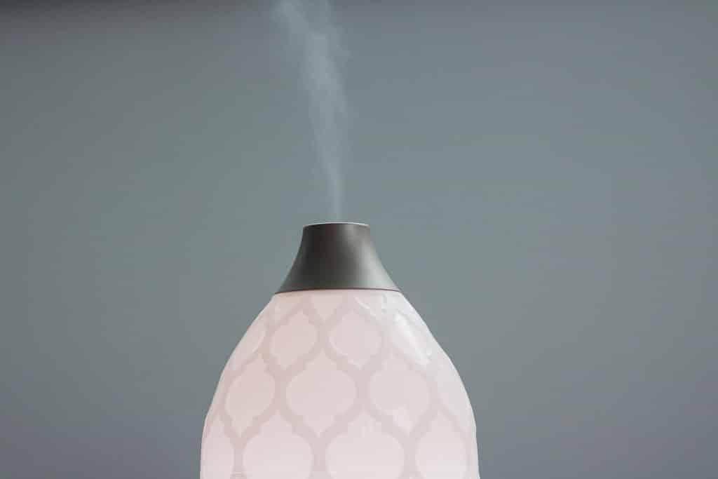 Suchý vzduch v byte a jeho vplyv na zdravie, ako s ním bojovať