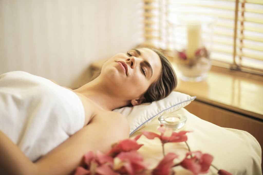Doprajte si po náročnom dni plnom stresu oddych a užite si domáce wellness, oddychová časť