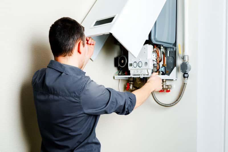 3 dôvody, prečo si dať skontrolovať kotol profesionálom, opravar kotlov