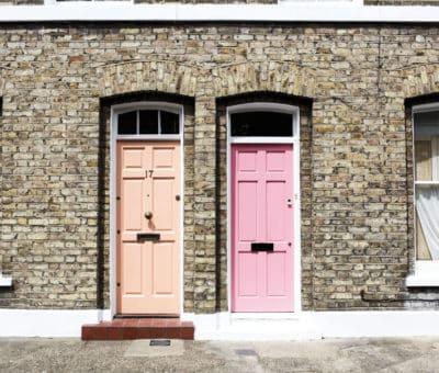 Ako na renováciu pôvodných drevených dverí