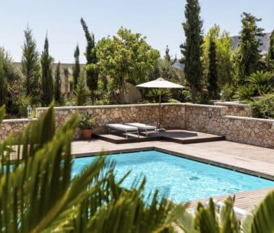 Bazén na záhrade: Luxus, alebo hlúposť? Nadzemné a zapustené bazény