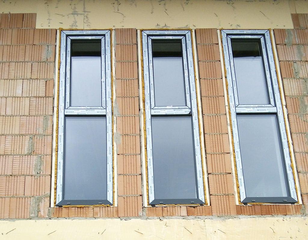 Radíme o zásadných chybách pri montáži okien, chybná montáž okien, stavba, technologie