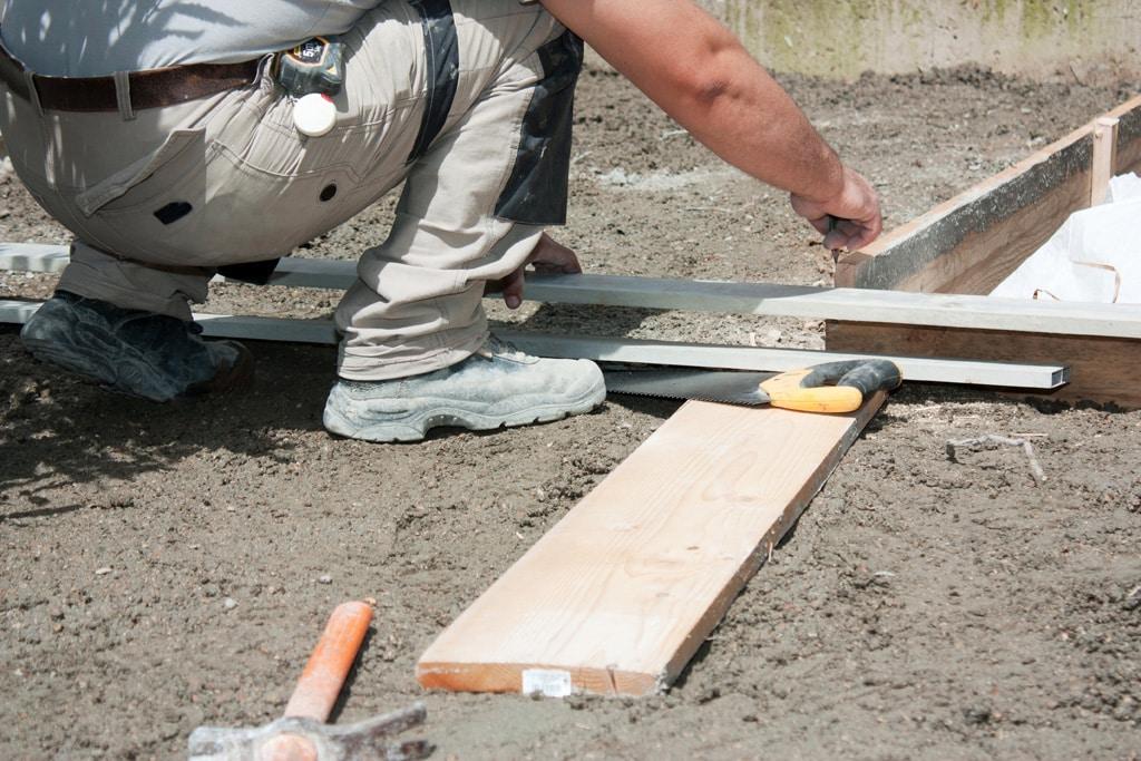 Staviame terasu, príprava podkladu, stavba, exterier