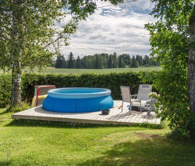 Na čo si dať pozor pri kúpe (veľkého nafukovacieho) bazéna, nafukovaci bazen, leto, kupanie